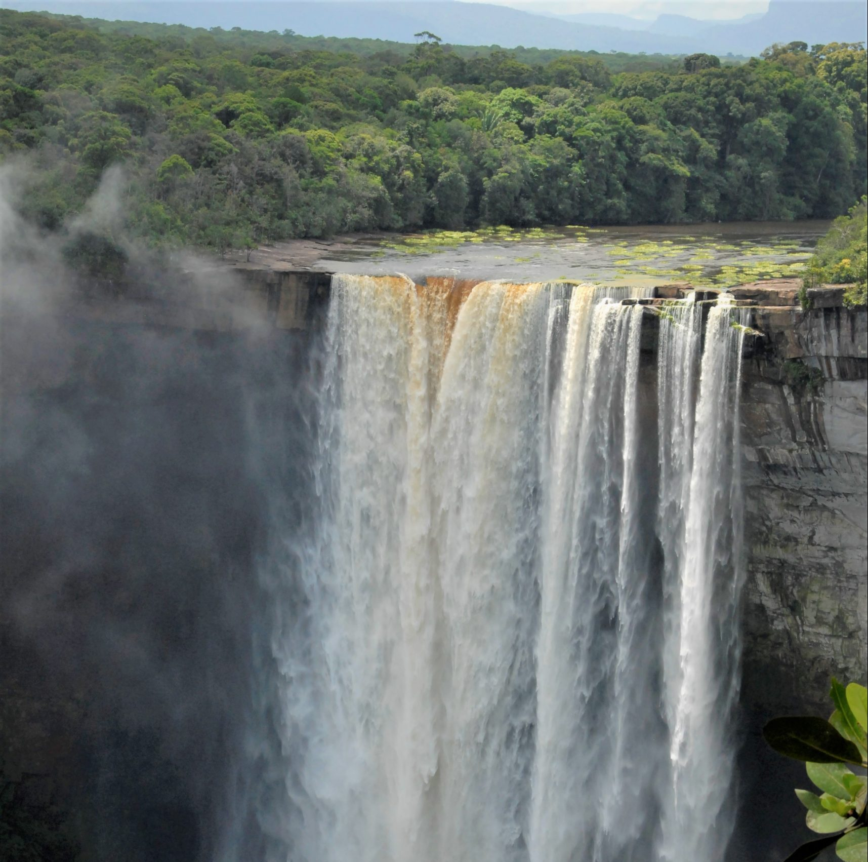 Kaieteur-waterfall